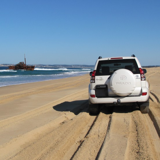 4WD Drive Beach Tour